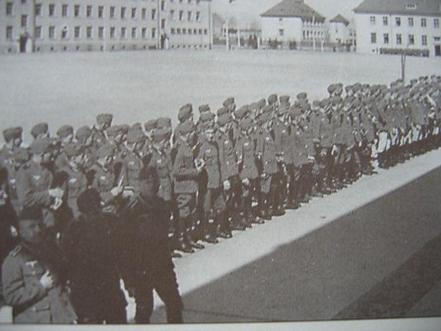 Gospodarze obiektu -armia niemiecka.