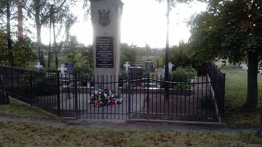 Cmentarz Dopbrzelin 2013r.